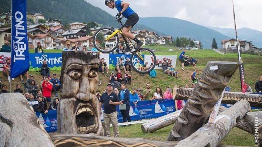 Joacim Nymann, Partille TK är en av de svenska trialcyklisterna som just nu är på plats i VM i Chengdu, Kina.