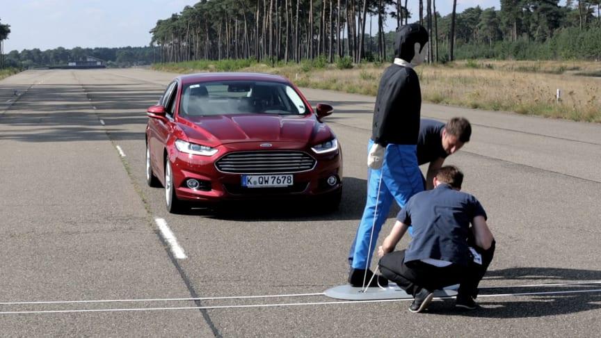 Nye Ford Mondeo fikk 5-stjernes toppscore  i Euro NCAP's kollisjonstestprogram