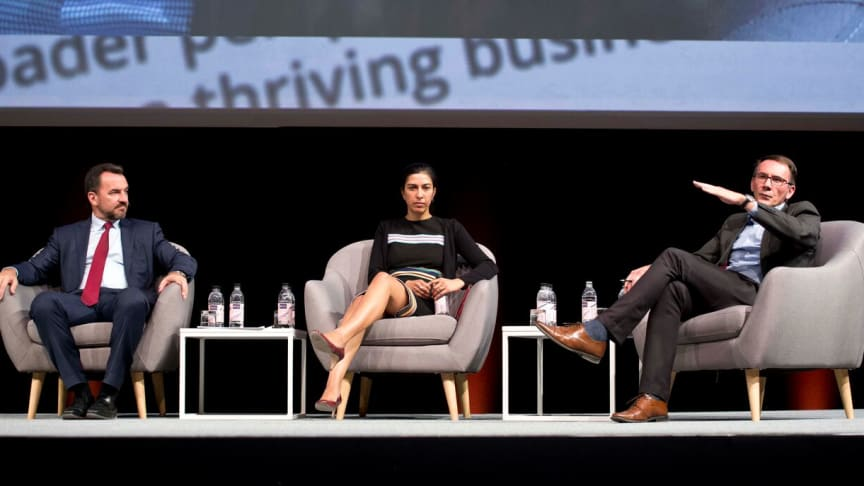 Colin Coleman, Nazmeera Moola and Etienne le Roux discuss the state of the South African economy at the 2017 Discovery Financial Planning Summit.
