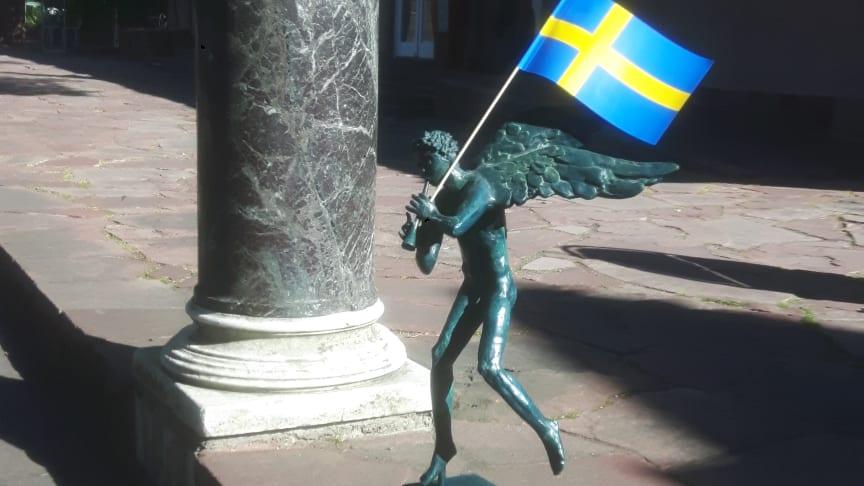 Utmärkelsen Årets ängel delas ut på Millesgården under nationaldagsfirandet den 6 juni.