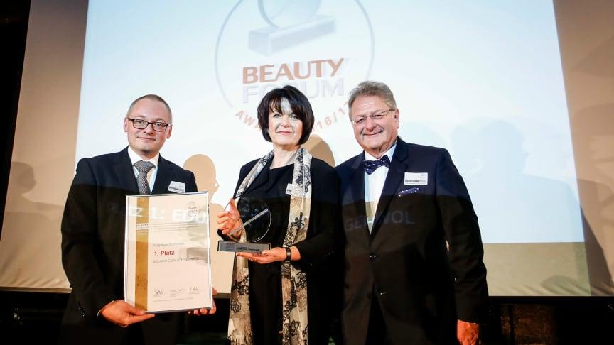 Feierliche Preisverleihung in Baden-Baden. Bild: Pauline Farby