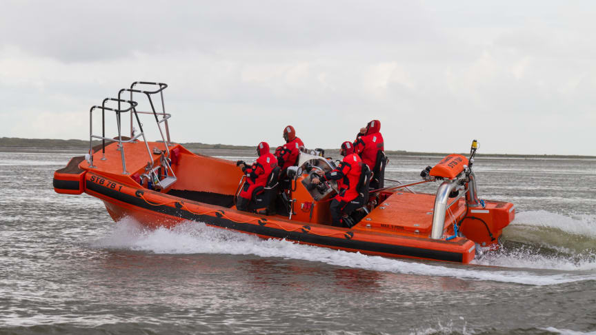 The STB 7 B has been trial sailing since the beginning of August and the STB 12 A will start trials at the beginning of October. A special training programme is also being developed to ensure that crews are ready to operate the new boat types.