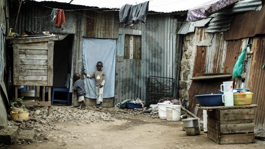 Mehr Armut und Gewalt, weniger Bildung und medizinische Versorgung – die Corona-Pandemie führt laut den SOS-Kinderderdörfern nicht nur akut, sondern auch langfristig zu drastischen Verschlechterungen für Kinder weltweit. Foto: Jens Honoré