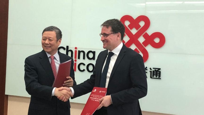 Xiaochu Wang, Chairman of China Unicom with Rodolphe Belmer, CEO of Eutelsat