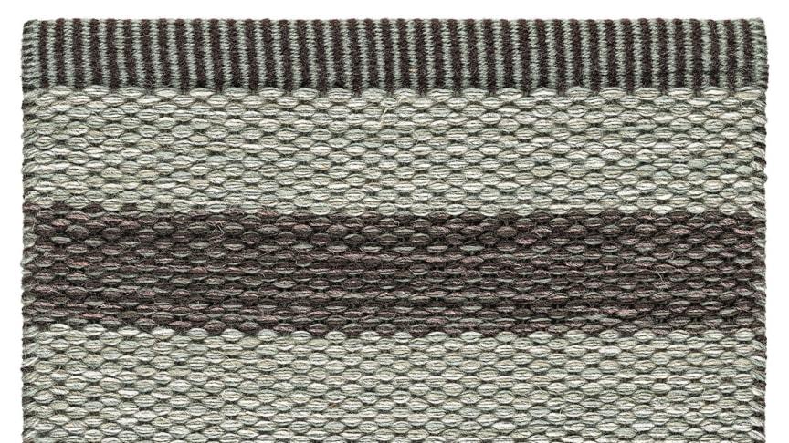 Narrow_Stripe_Icon_Silver_Plum_560_SAMPLE