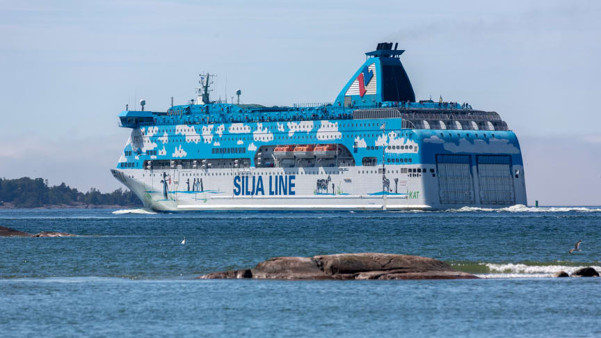 Tallink Grupp återupptar rutten Åbo-Stockholm med fartygen Baltic Princess och Galaxy via Långnäs