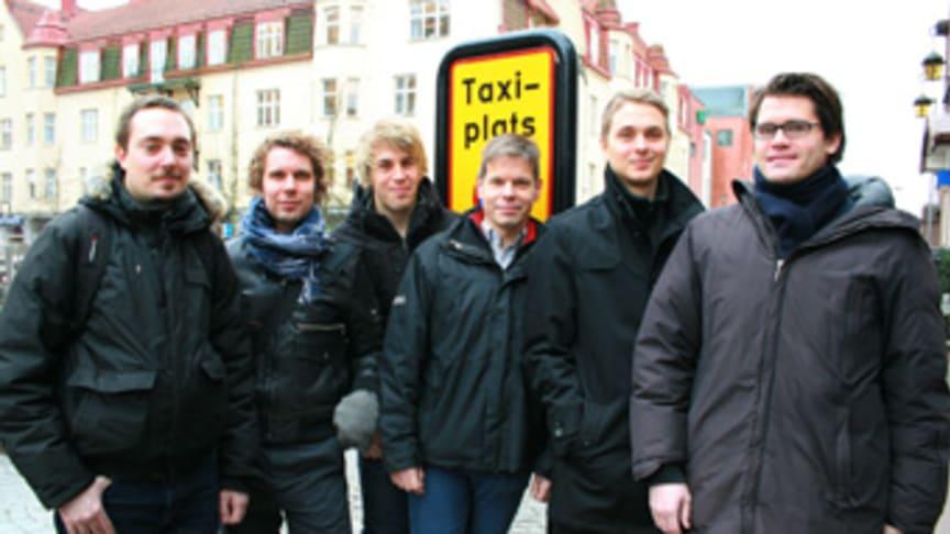 Taxiföretag tjänar både tid och pengar på datastudenters mobilapp