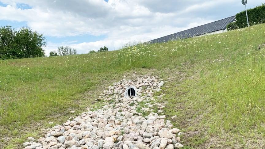 På Fibergatan i Billesholm är ett fördröjningsmagasin för kraftiga regn färdigställt sedan ett par år tillbaka.