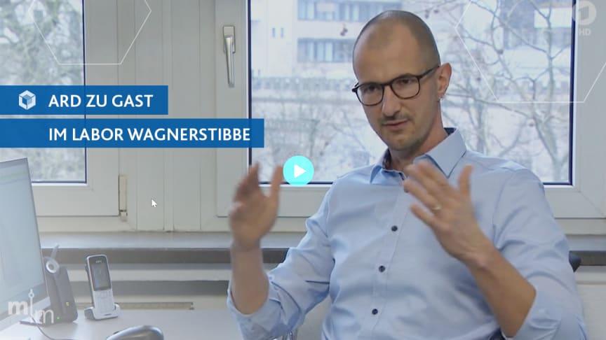 Die ARD zu Gast im Labor wagnerstibbe: Hannoveraner Laborteam erklärt Vollsequenzierung