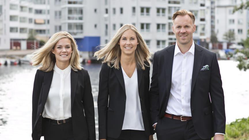 Bjurfors kontor i Karlstad kommer att  drivas av den engagerade mäklartrion Sandra Larsson (till vänster), Frida Johansson och Adam Hertzberg.