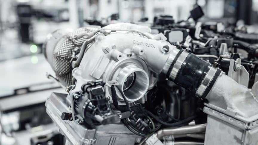 Mercedes-AMG skruer op for performance med elektrificeret turbo