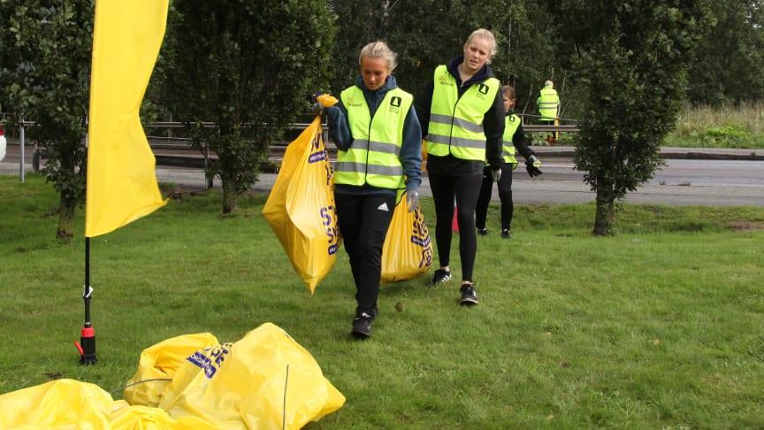 Över 300 idrottsungdomar var engagerade i RenovaRöjet.
