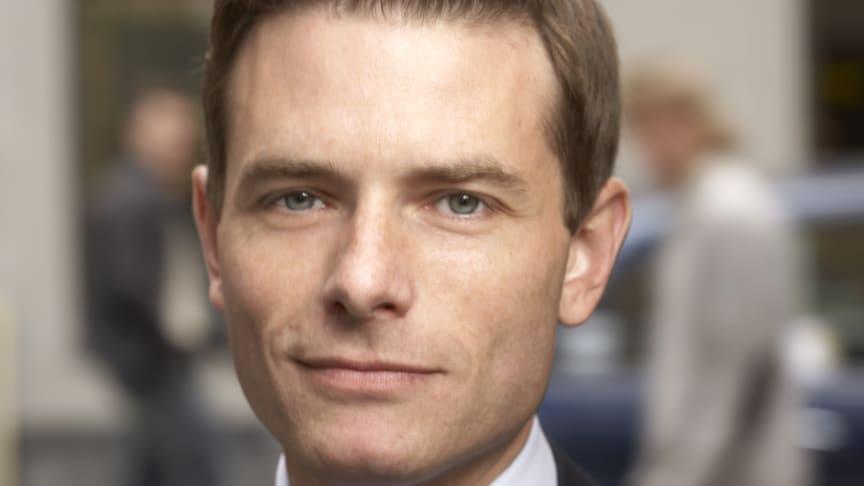 Joakim Larsson (M): Nu öppnar Sveriges första teckenspråkiga seniorboende för döva och dövblinda