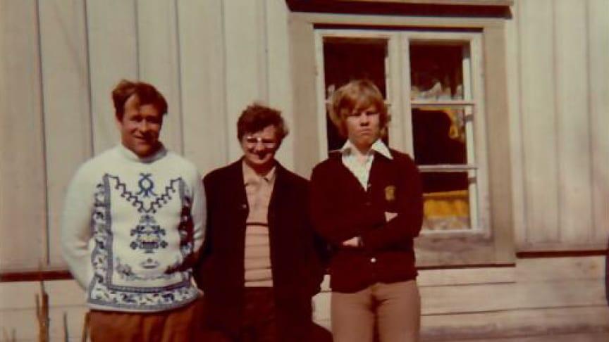 Jorma kom till Sverige från Finland på 60-talet i den stora arbetskraftsinvandringen. Allt fungerade bra till en början. Jorma står längst till höger. Foto: privat