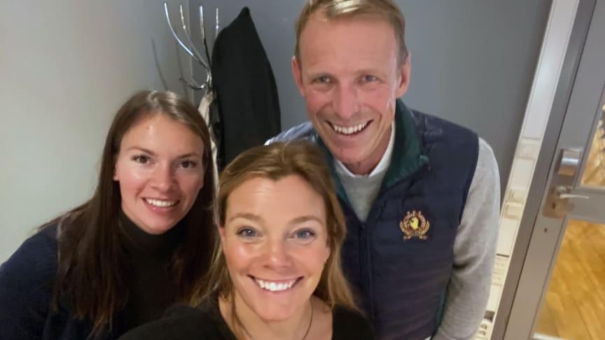 Rebecca Lagin och Gry Forssell träffade Peder Fredricson på Jönköping Horse Show.