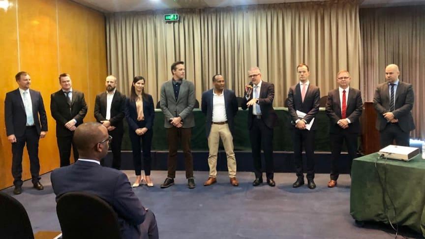 Representanter från 9 svenska företag med lösningar inom miljöteknik i Kigala
