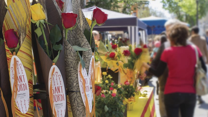 23rd April, Sant Jordi: Roses, books and lovers