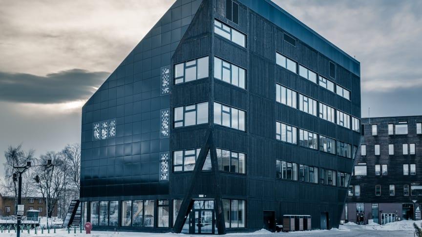 ZEB-laboratoriet er både en læringsarena og et nullutslippsbygg. Foto: Nicola Lolli, SINTEF.