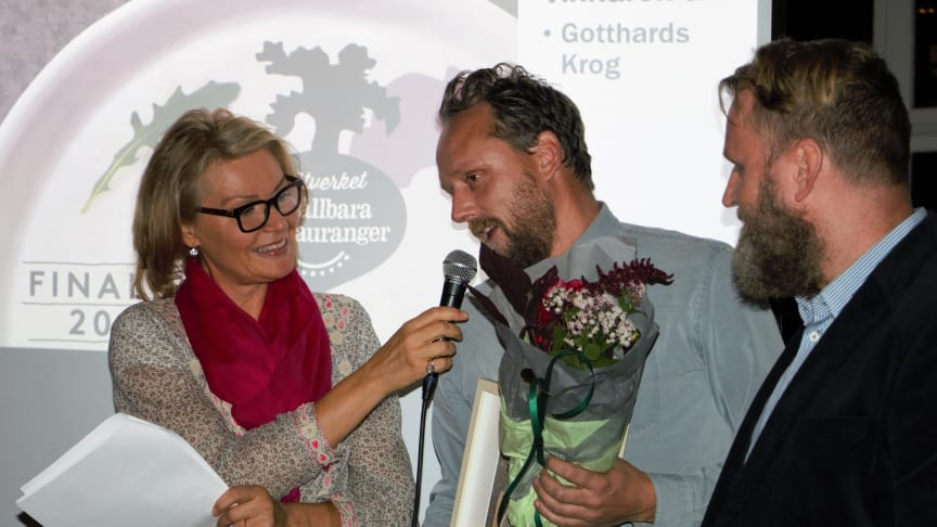 Anders Samuelsson, Blå Huset/Gotthards Krog,  intervjuas från scenen. Fotograf: pressbild.