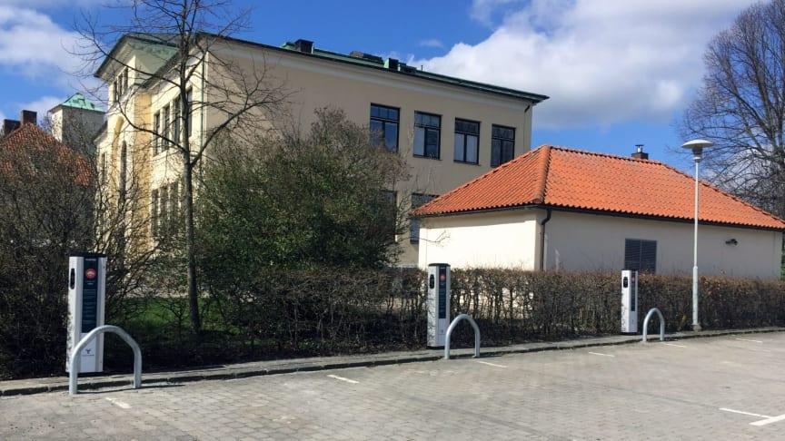 CLEVER laddstationer på Rådhusparkens parkering i Ystad