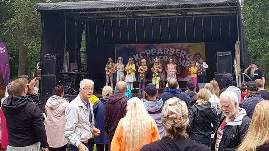 Festival ger ringar på vattnet