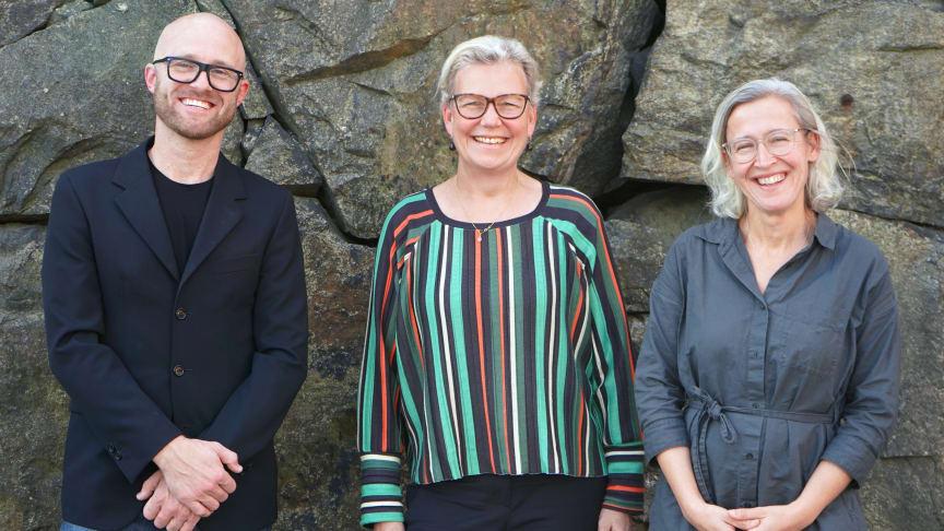Programledare Viktor Ginner gästas av blanda andra Birgitta Govén, energiexpert på Byggföretagen och Christina Salmhofer, hållbarhetsstrateg på Stockholms stad, i senaste avsnittet av Snåret.