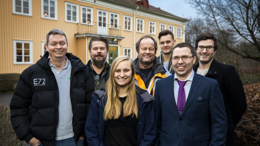 Fr v: Jens Sjöström, Dick Hansson, Klara Hedskog, Richard Dahlkvist, Johannes Berglund, Daniel Lidén och Erik Lundin. Foto: Sören Håkanlind.