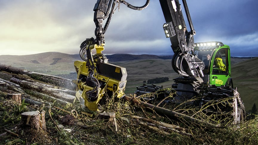 At the tip of the crane is a world first – crane-tip control for harvesters. It can be tested at Elmia Wood mounted on a John Deere 1270.