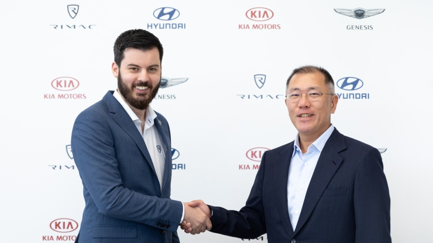 HMG EVC Euisun Chung (right) and Rimac CEO Mate Rimac (left) at signing ceremony. Foto: Hyundai