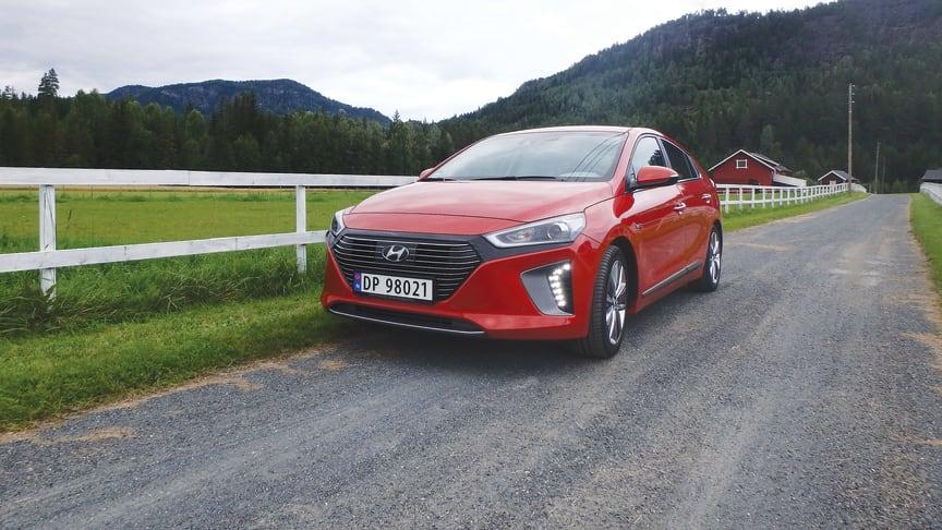 Hyundais nye IONIQ har utstyr som gjør kjøringen enklere og tryggere