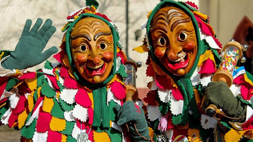 Welche Versicherungen sollte ich an Karneval auf meiner Seite wissen? Die Gothaer erklärt's!