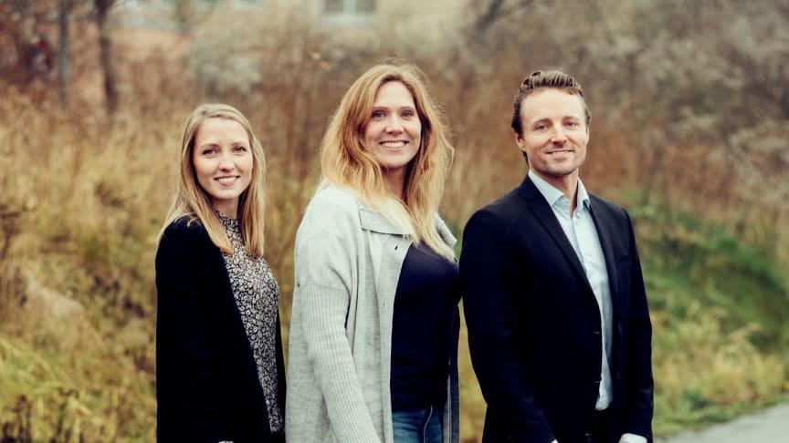 Ikano Bolig har ansat Julie Forsberg Høj (tv), Julie Juhl Jakobsen (midten) og Tais Pop Hansen (th)