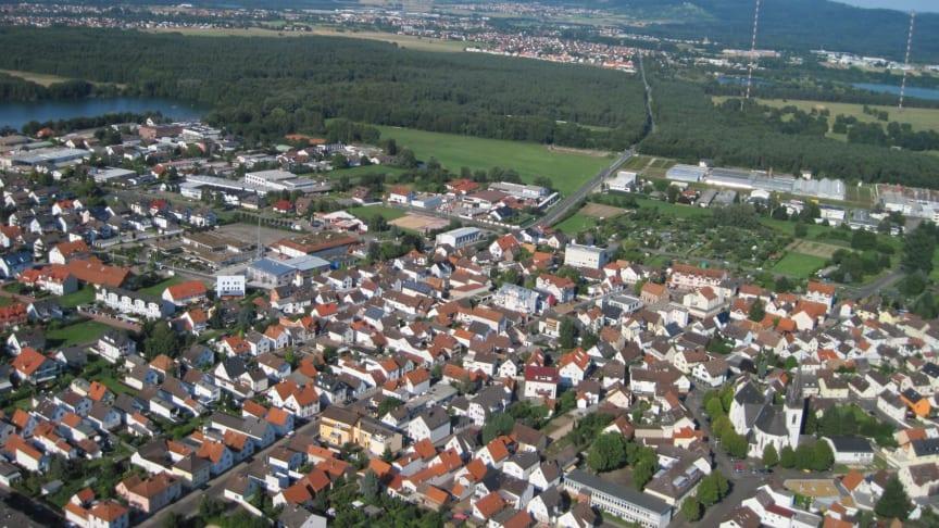 Im Vordergrund Zellhausen und im Hintergrund Mainflingen - beide Ortsteile von Mainhausen kommen nun an das Deutsche Glasfaser Netz