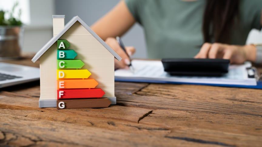 I en nylig rundspørge blandt ejendomsmæglerne i Estate svarer 57 pct., at boligens energimærke er lidt vigtig for salget af boligen, mens 26 pct. anser den som vigtig. Foto: Shutterstock. Alle rettigheder forbeholdt.
