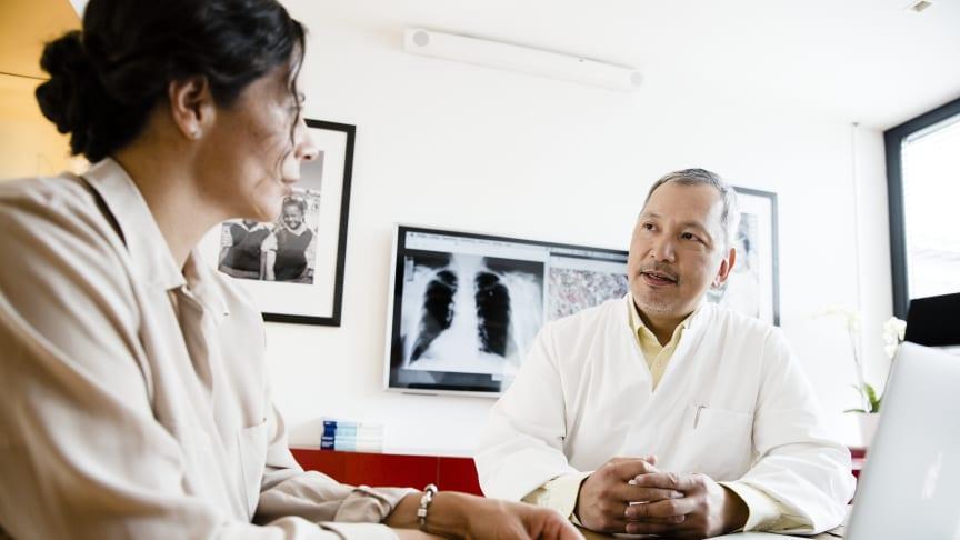 Precisionsmedicin handlar om att säkerställa att varje patient är unik och utreds därefter - med bästa möjliga beslutsunderlag och med en följsam uppföljning och anpassning av behandlingar.