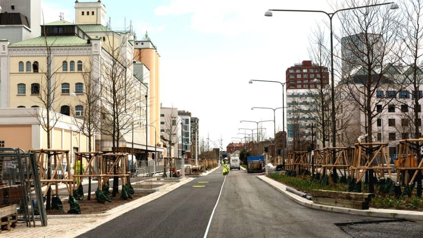 Neptunigatan håller på att färdigställas, april 2019. Foto: Lars Bendroth