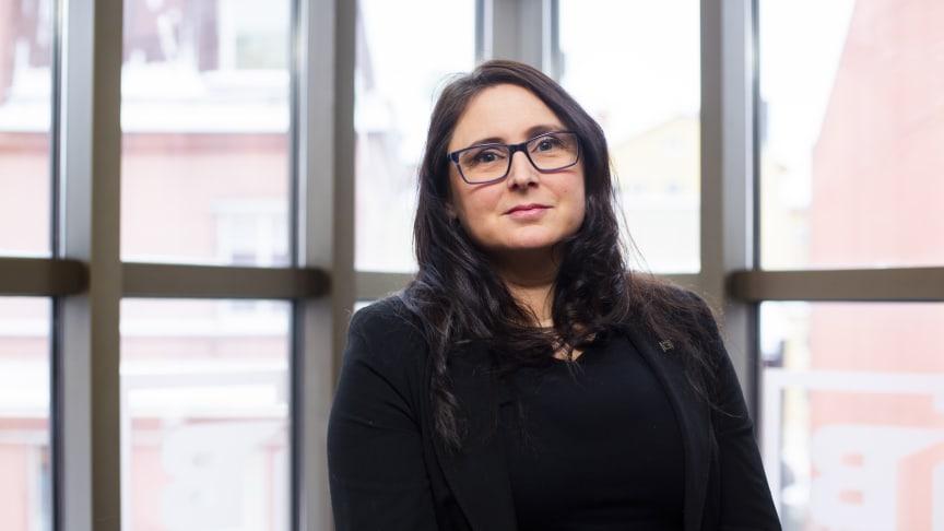 Erica Markusson arbetar inom området finansiering på BizMaker, och gläds åt att en jämställd fördelning bland verksamhetens startups nu uppnåtts.