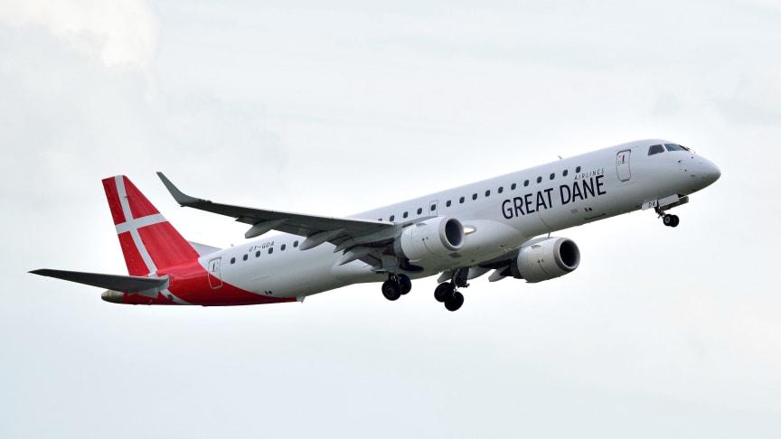 Flygningarna sker i samarbete med det danska flygbolaget Great Dane Airlines som kommer att använda sig av flygtypen Embraer 195 med plats för 118 passagerare.