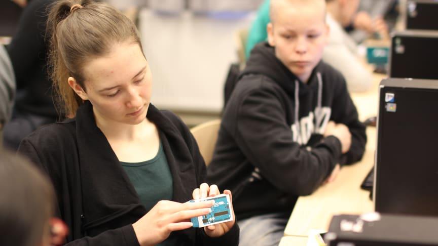 Mehackitin ohjelmointikurssi on toteutettu aiemmin mm. Lahden lyseossa. Kuva: Reetta Heiskanen/Mehackit