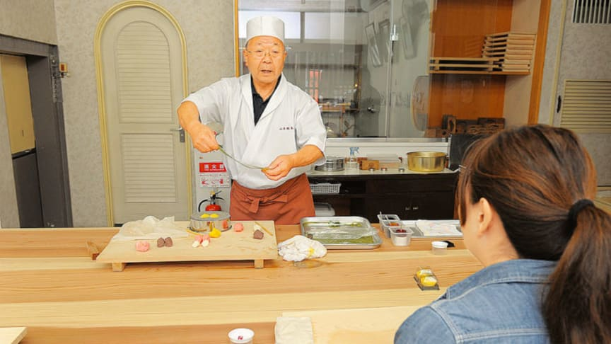 Japanese confection cooking class