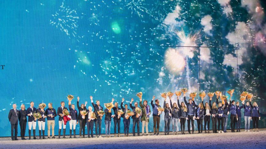 Så här brukar det se ut när ridsporten hyllar sina medaljörer på Friends Arena. Foto: Roland Thunholm