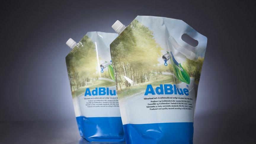 AdBlue® från Arom-dekor Kemi i 4 l påse.