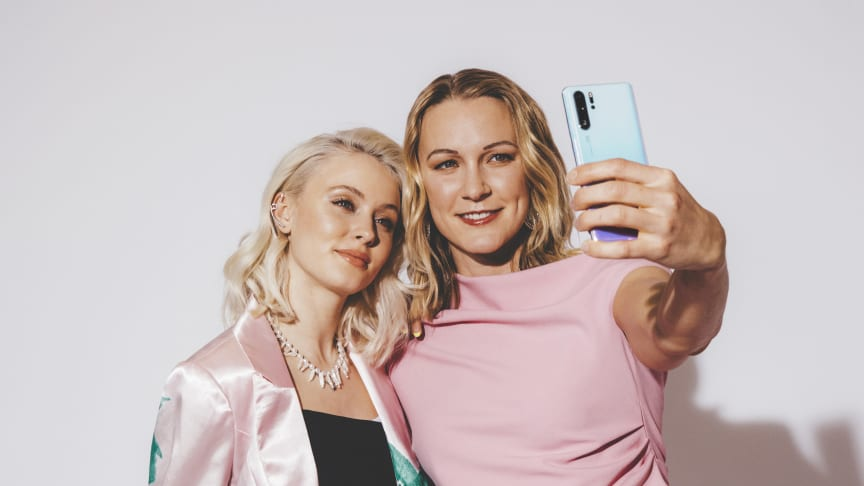 Zara Larsson och Sarah Sjöström