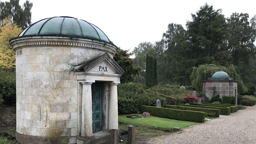 Penge til bevaringsværdige gravsteder i nyt budget