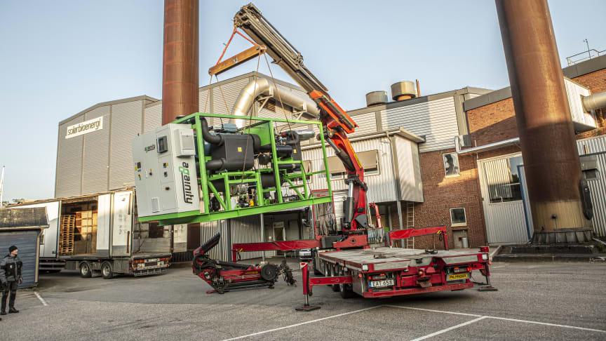 Leverans av ORC-turbin till Solör Bioenergis fjärrvärmeanläggning i Svenljunga. Fotograf: Fredrik Malmlund