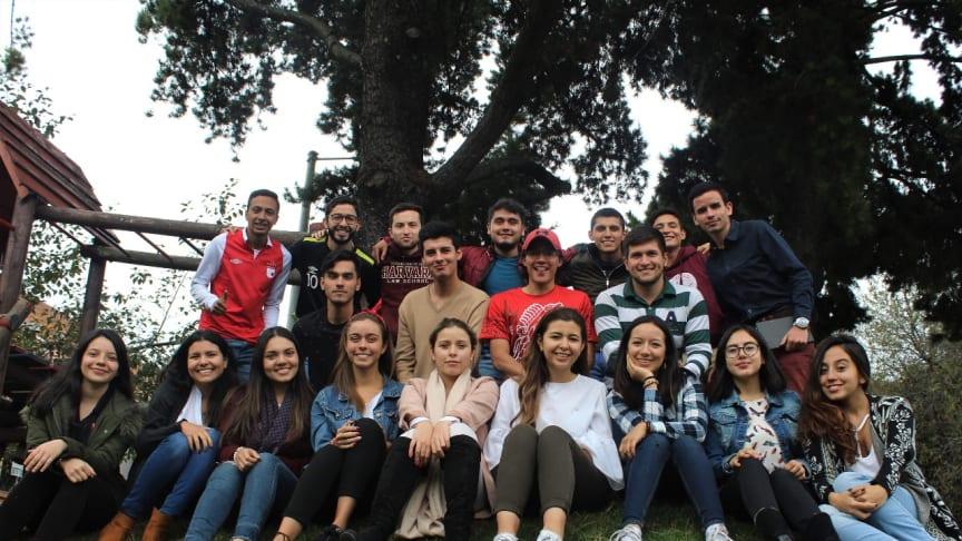 Världsledande svenskt hållbarhetspris för unga tilldelas anti-korruptionsnätverk i Colombia