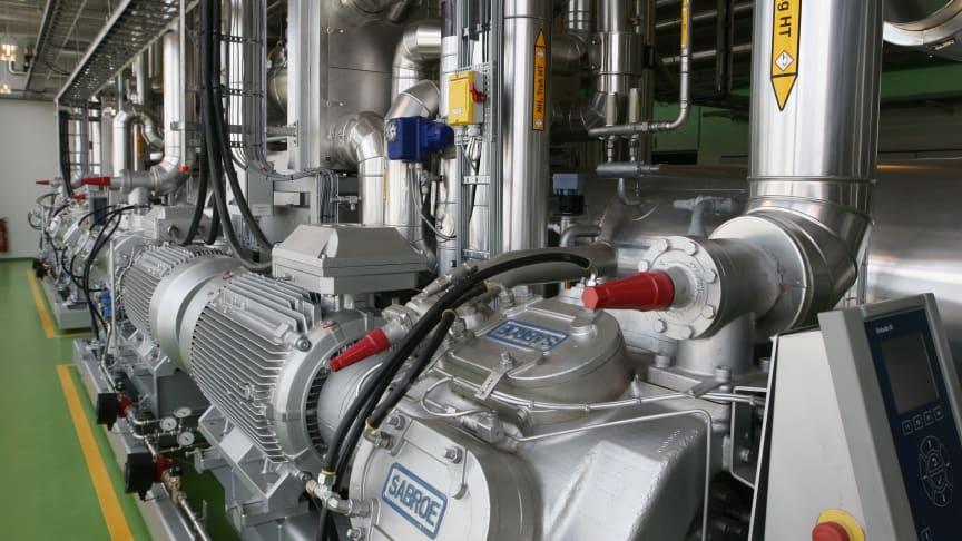 Ny tilskudsordning for store varmepumper og udbud af rådgivning til grundbeløbsværker