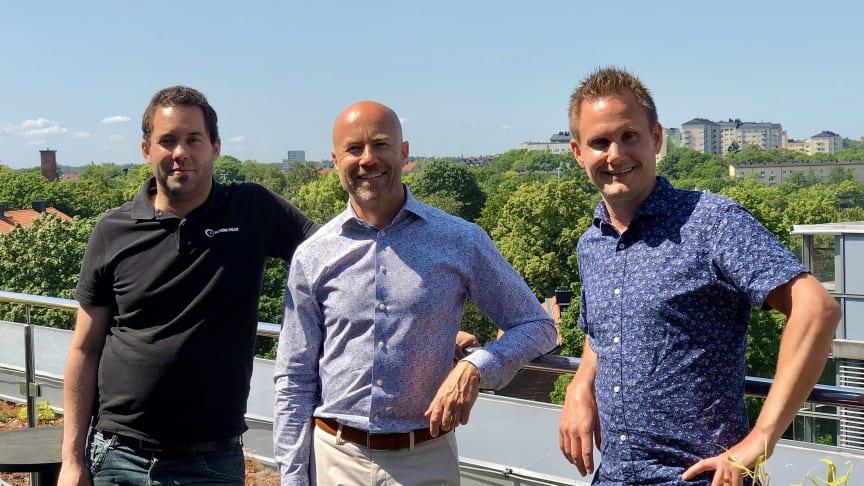 Från vänster Robert Olofsson vd Nordic Peak, Richard Börjesson vd Visma Consulting och Mattias Hallin vice vd Nordic Peak.
