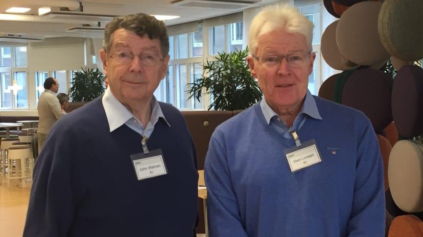 Professorerna John Wahren och Sten Lindahl från Karolinska Institutet hjälper andra kullen flyktingläkare till utbildning under asyltiden. De har utformat programmet, sökt medel för att kunna genomföra det och välkomnar nu andra kullen.