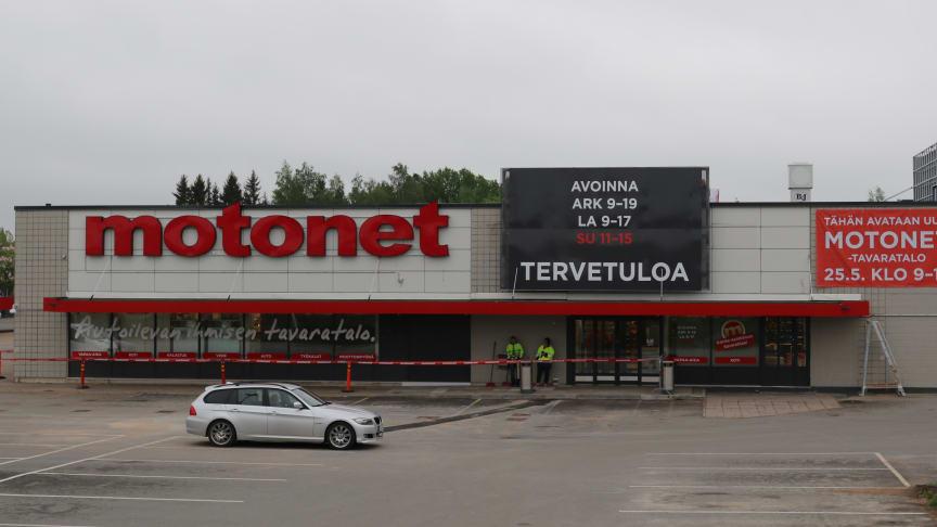 Motonet Loimaa avasi ovensa osoitteessa Hossinkatu 1-3.